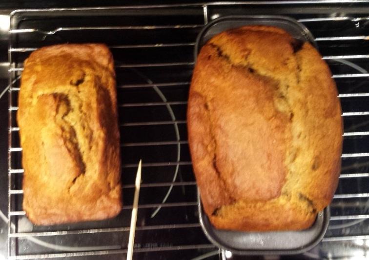 Banana Bourbon Bread (4)